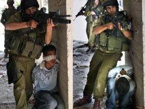 1256368345israel_human_shields