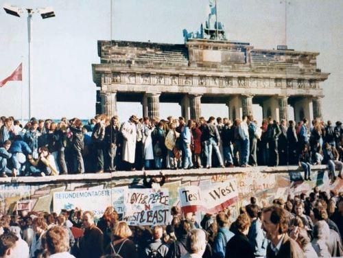 Berlin Wall Falling November 1989