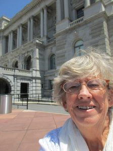 Lora in front of Library of Congress - July 2015