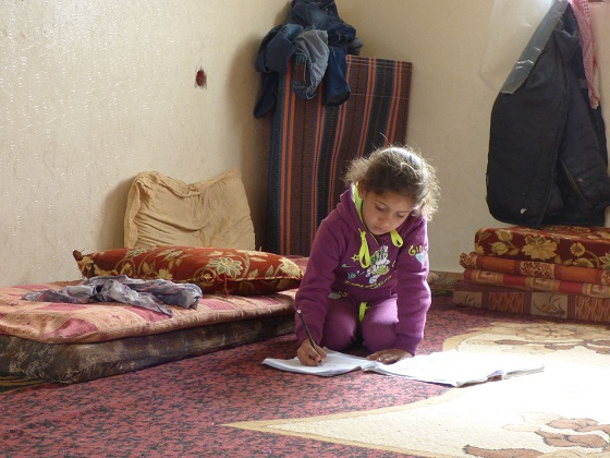 Displaced girl