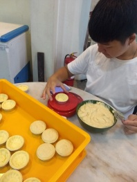 Durian pastry making