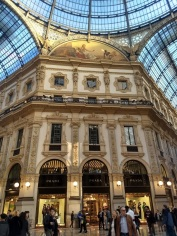 Duomo shopping center
